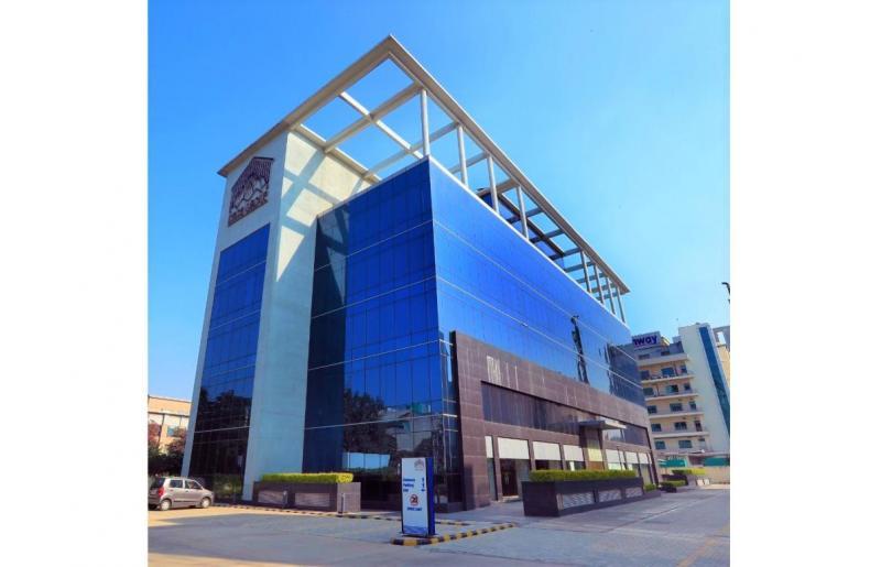 Eros Corporate Avenue